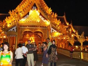 Golden Kinnaree tampak luar.
