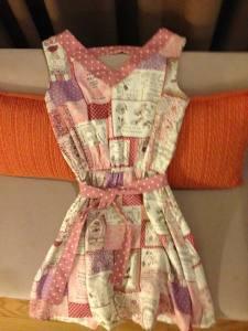 Dress favorit gue, harganya nggak sampe seratus ribu rupiah!